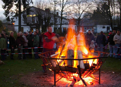 osterfeuer400